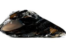 Obsidienne noire aspect vitreux