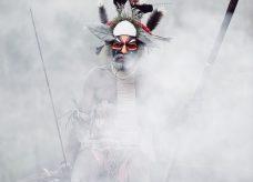 Tribu chamanique de Papouasie Nouvelle Guinée